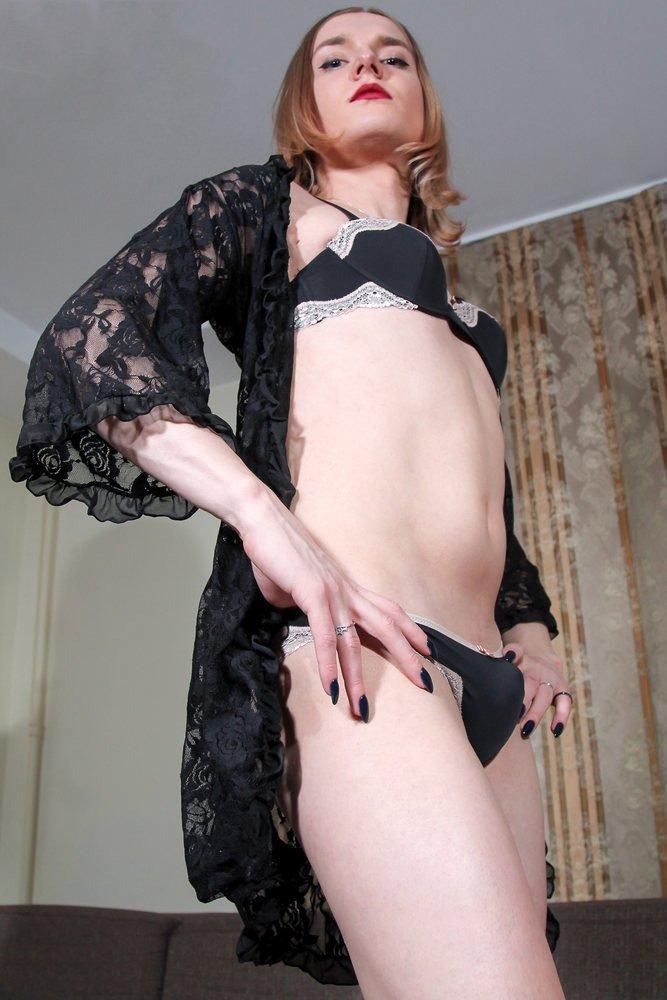 AnalQueenxxx from Southland,New Zealand